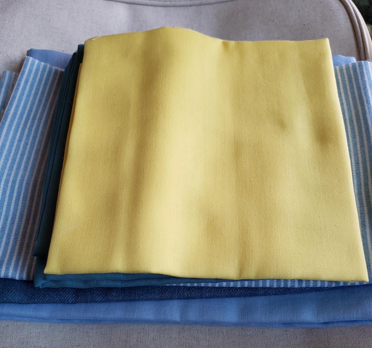 青と黄色のガーゼ生地