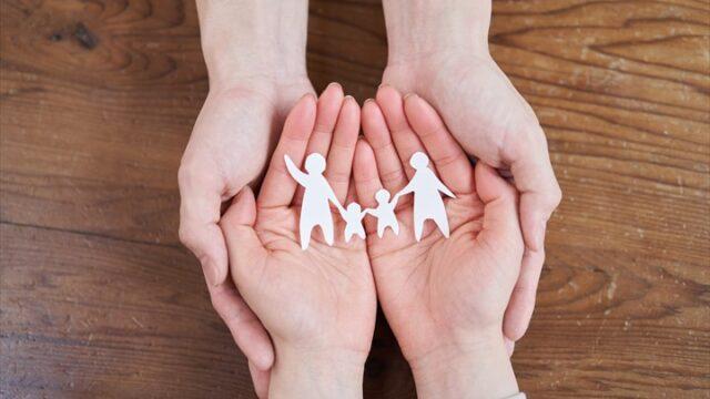 家族の形を考える手元